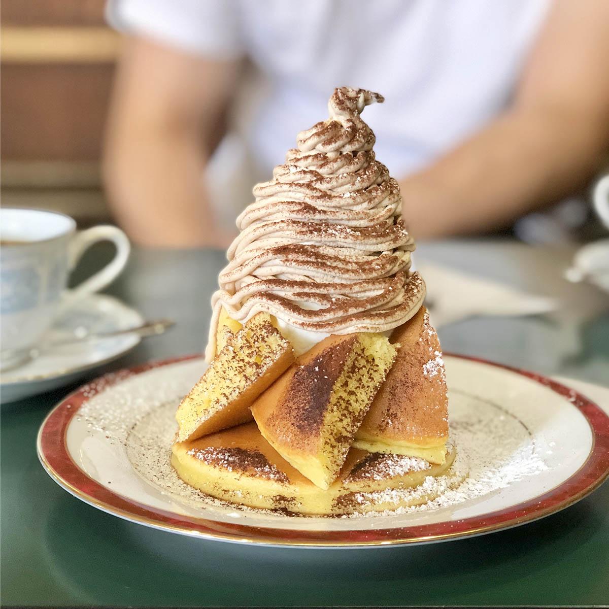 マロンクリームシャンティホットケーキ